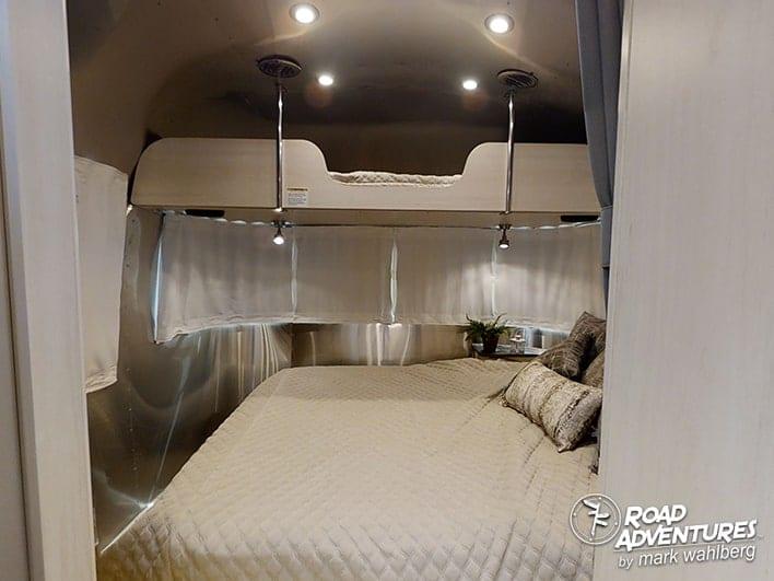 Airstream 25FB-18-min