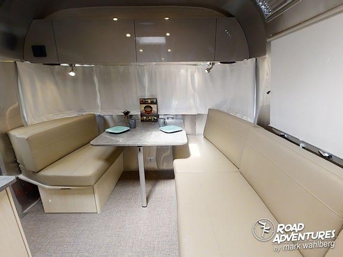 Airstream 25FB-21-min
