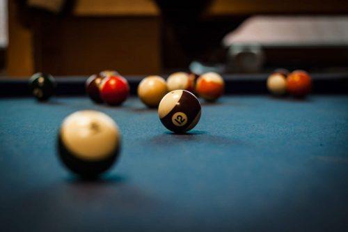 pool-table-1283911_1920-min